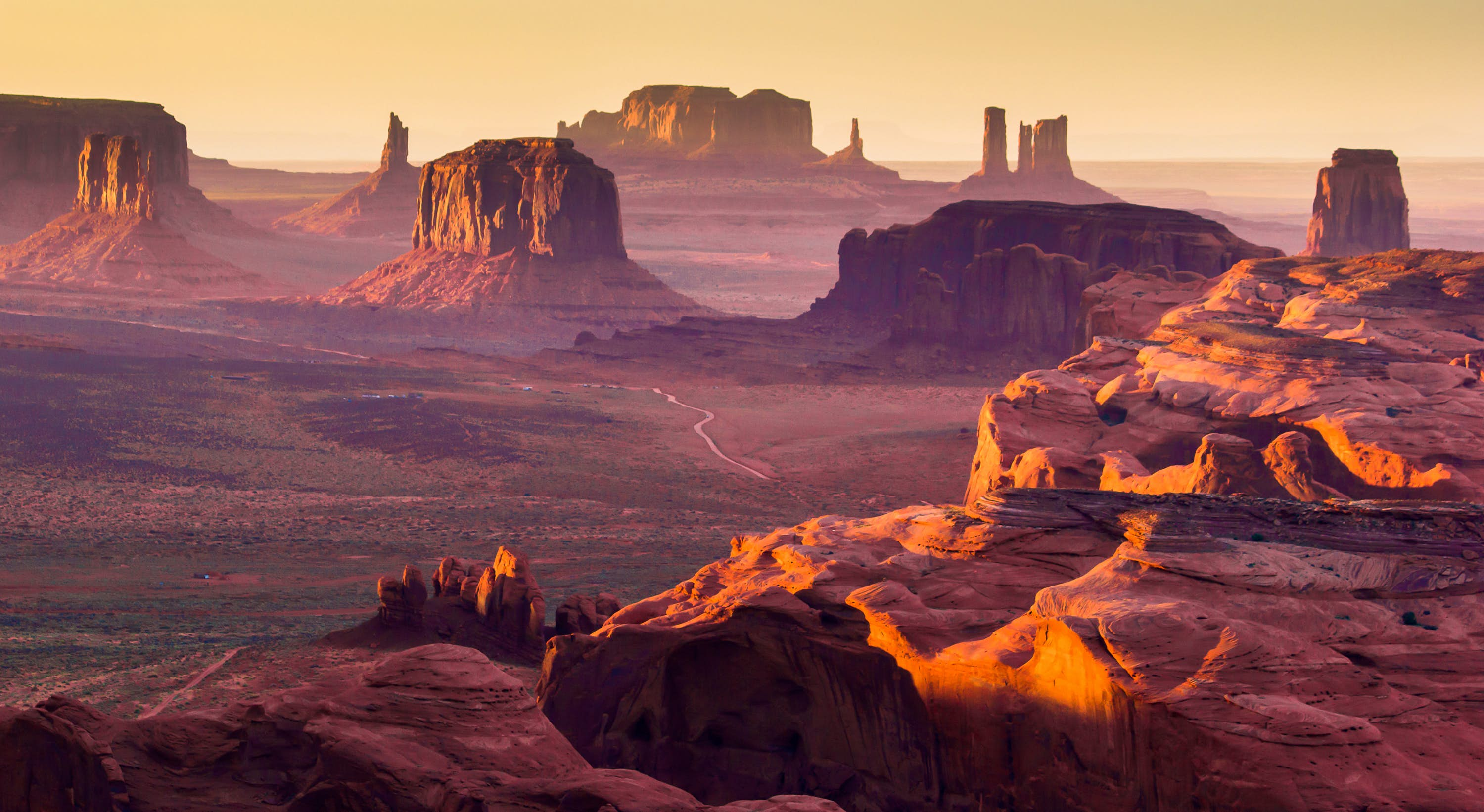 Monument Valley Navajo Tribal Park travel | USA - Lonely Planet