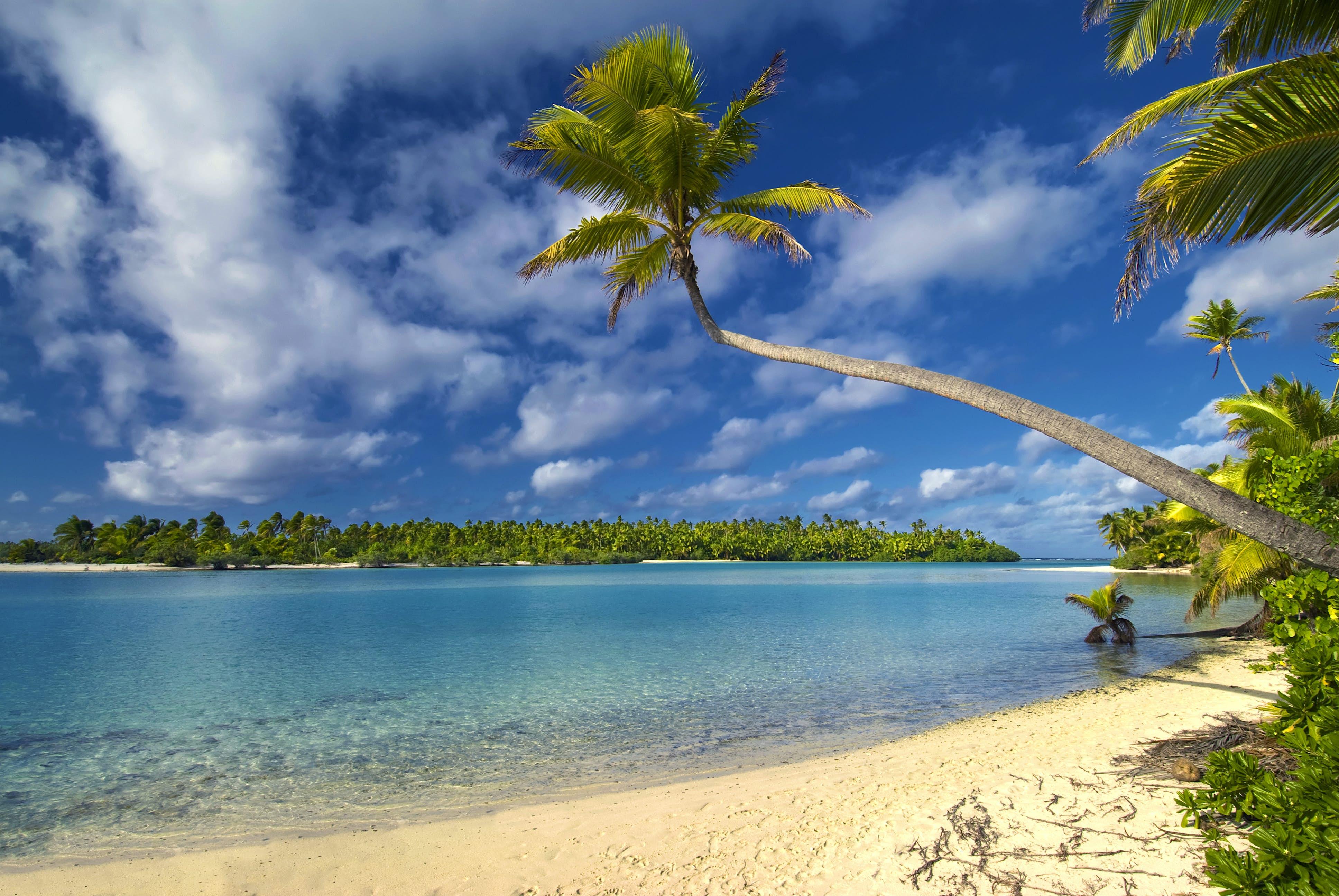 Aitutaki Lagoon Private Island Resort ...