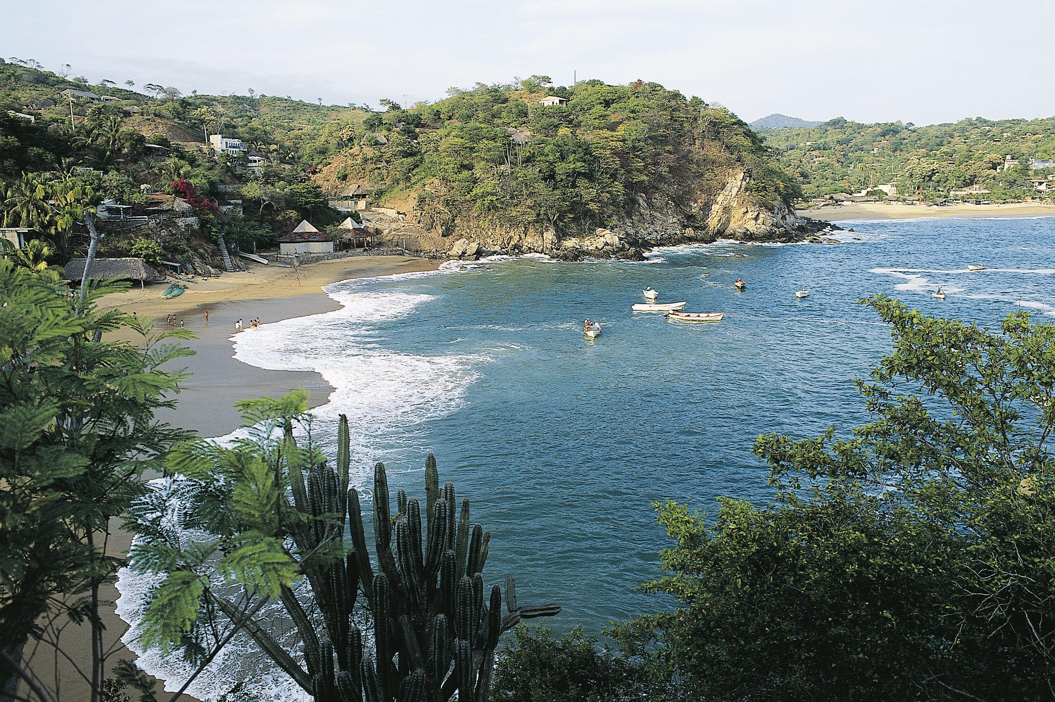 Puerto Ángel es reconocido como uno de los mejores lugares para practicar deportes.