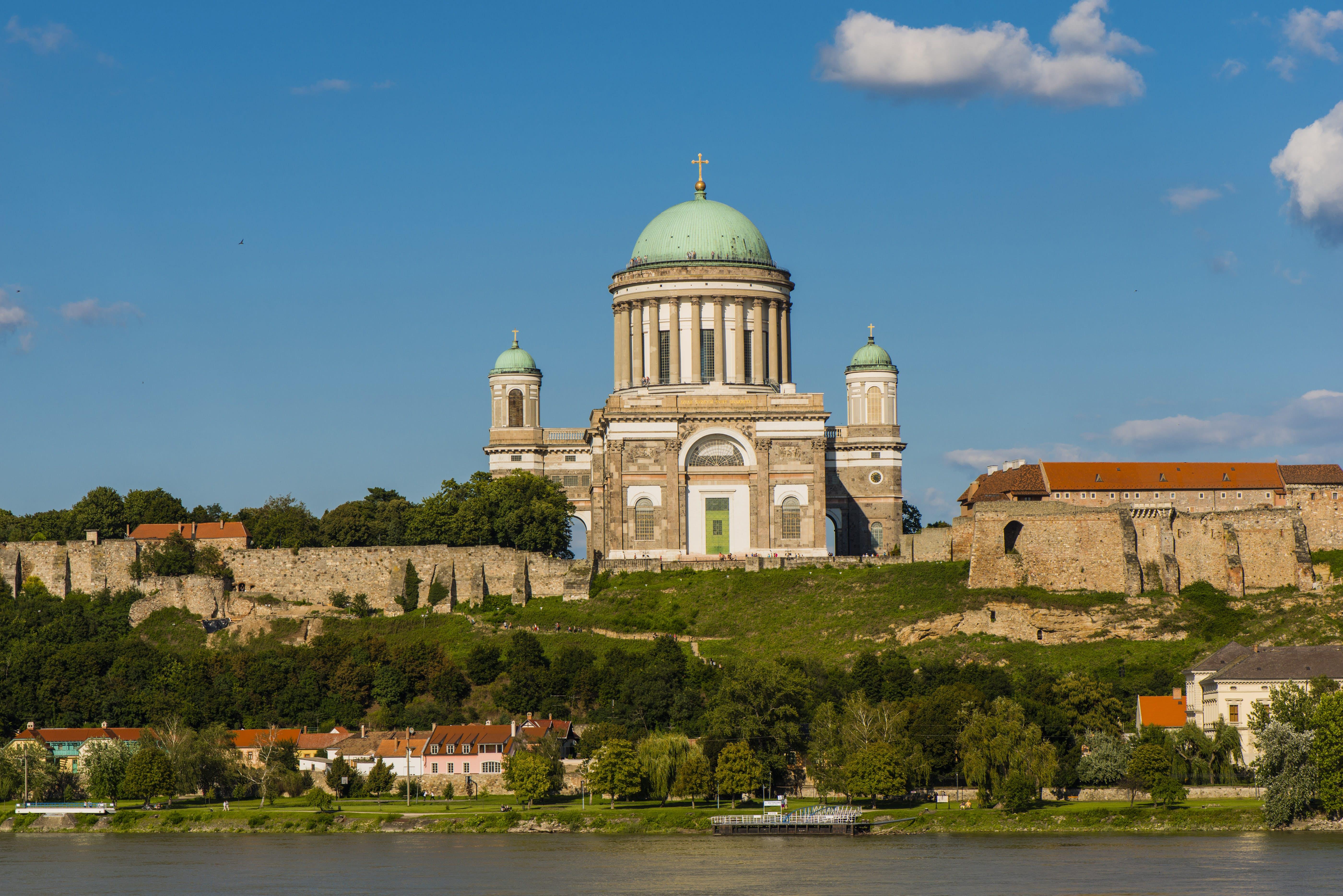 esztergom travel | danube bend & western transdanubia