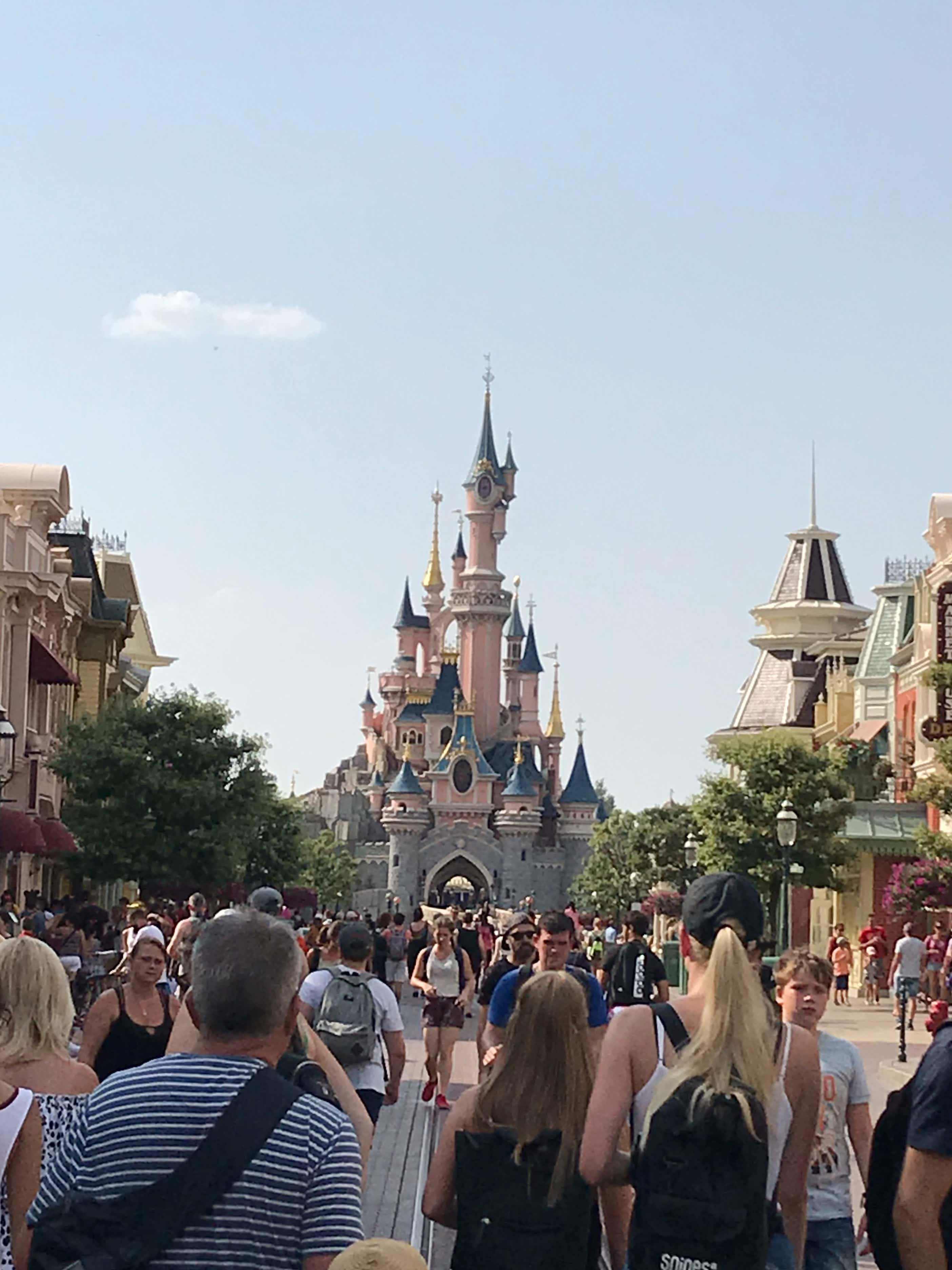 Spending diary: what my family of four spent on one day at Disneyland Paris