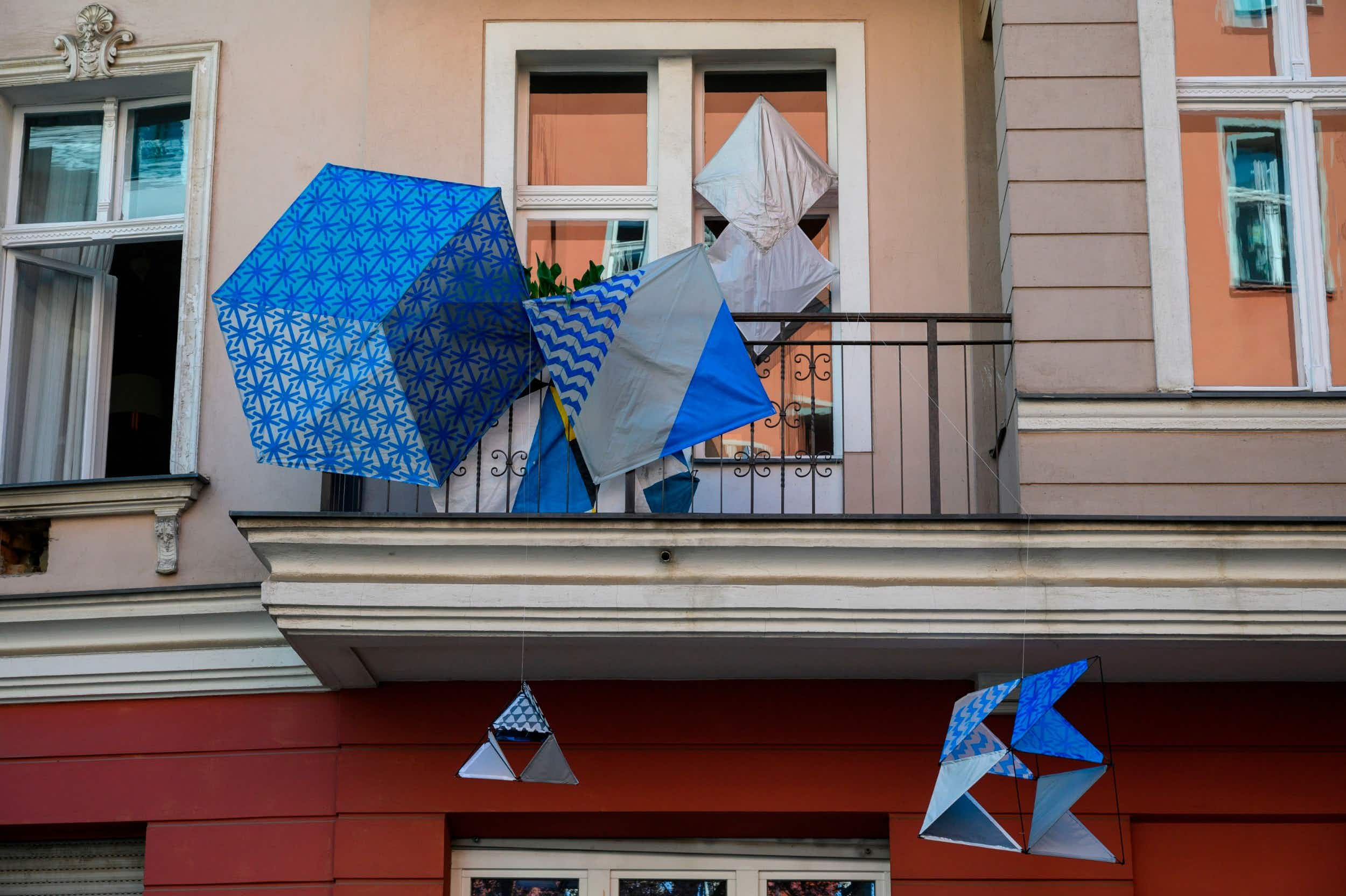 Artists in Berlin created exhibits on their balconies © John MacDougall/AFP via Getty Images