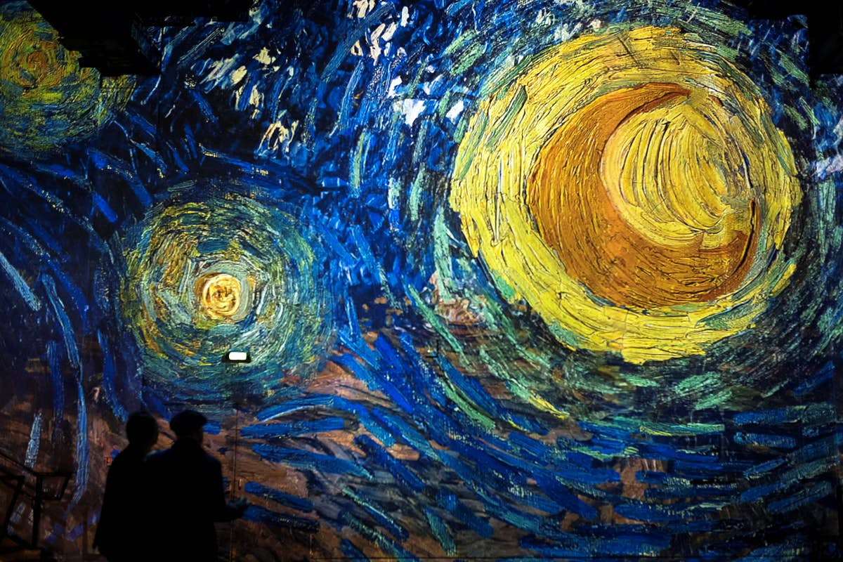 Immersive Van Gogh exhibit temporarily switches to drive-in experience in Toronto