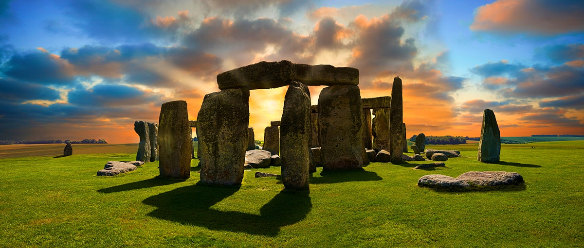 Stonehenge Neolithic ancient standing stone circle monument, A UNESCO World Heritage Site, Wiltshire, England