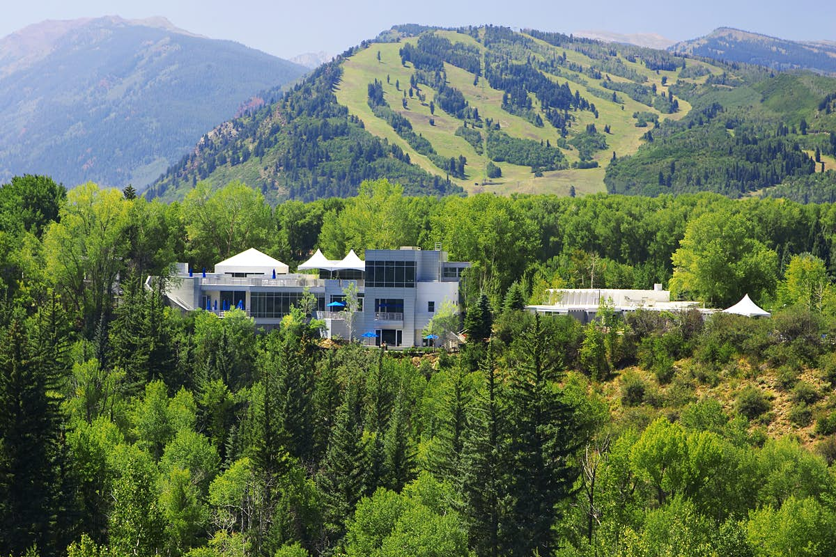 This resort in Aspen has reopened with 100% clean energy - Lonely Planet