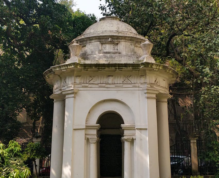 IMG-20181231-122703Memorial of Job Charnock, the man credited with laying the foundation of current day Calcutta..JPG