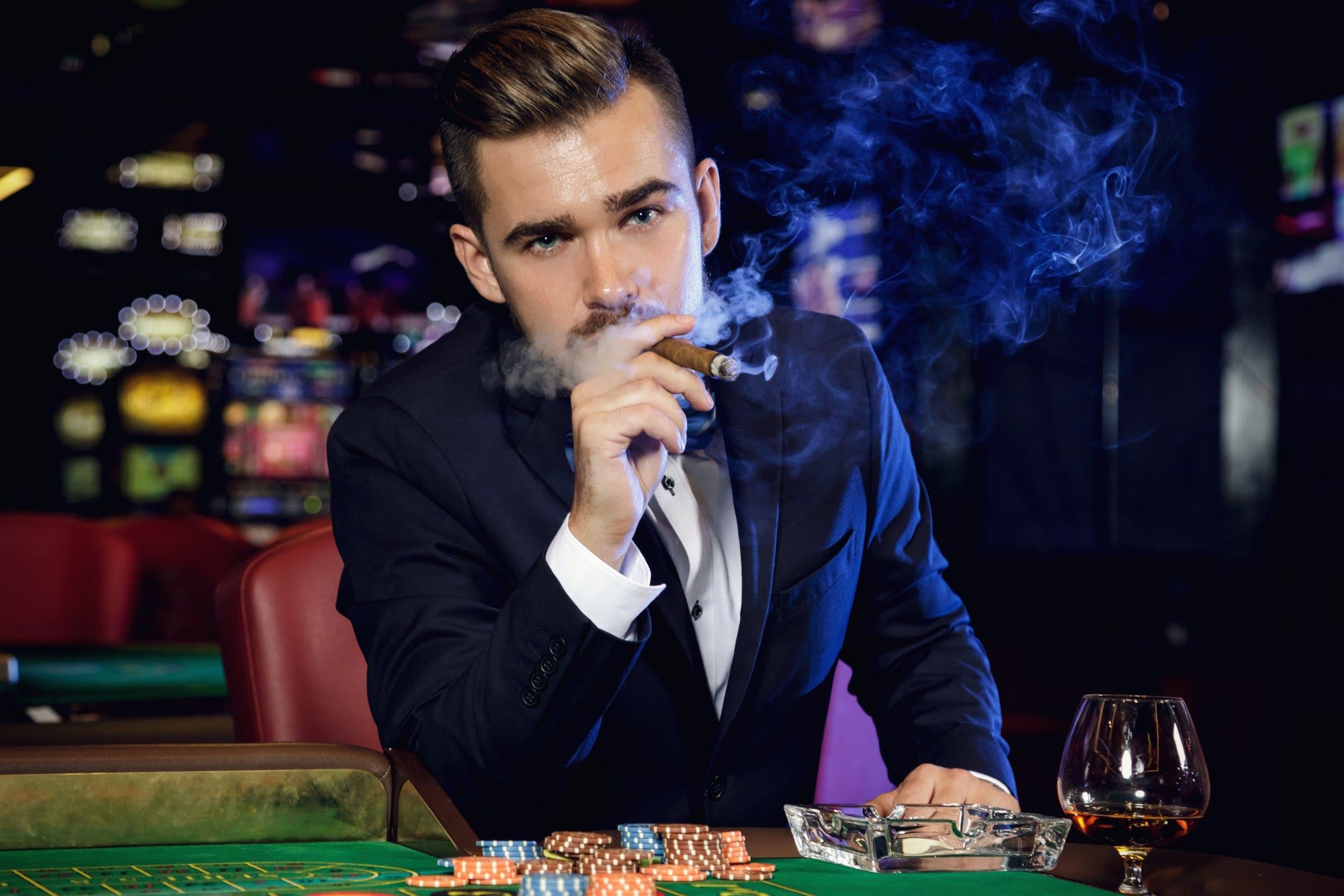Las Vegas casino sets itself apart - by banning smoking - Lonely Planet