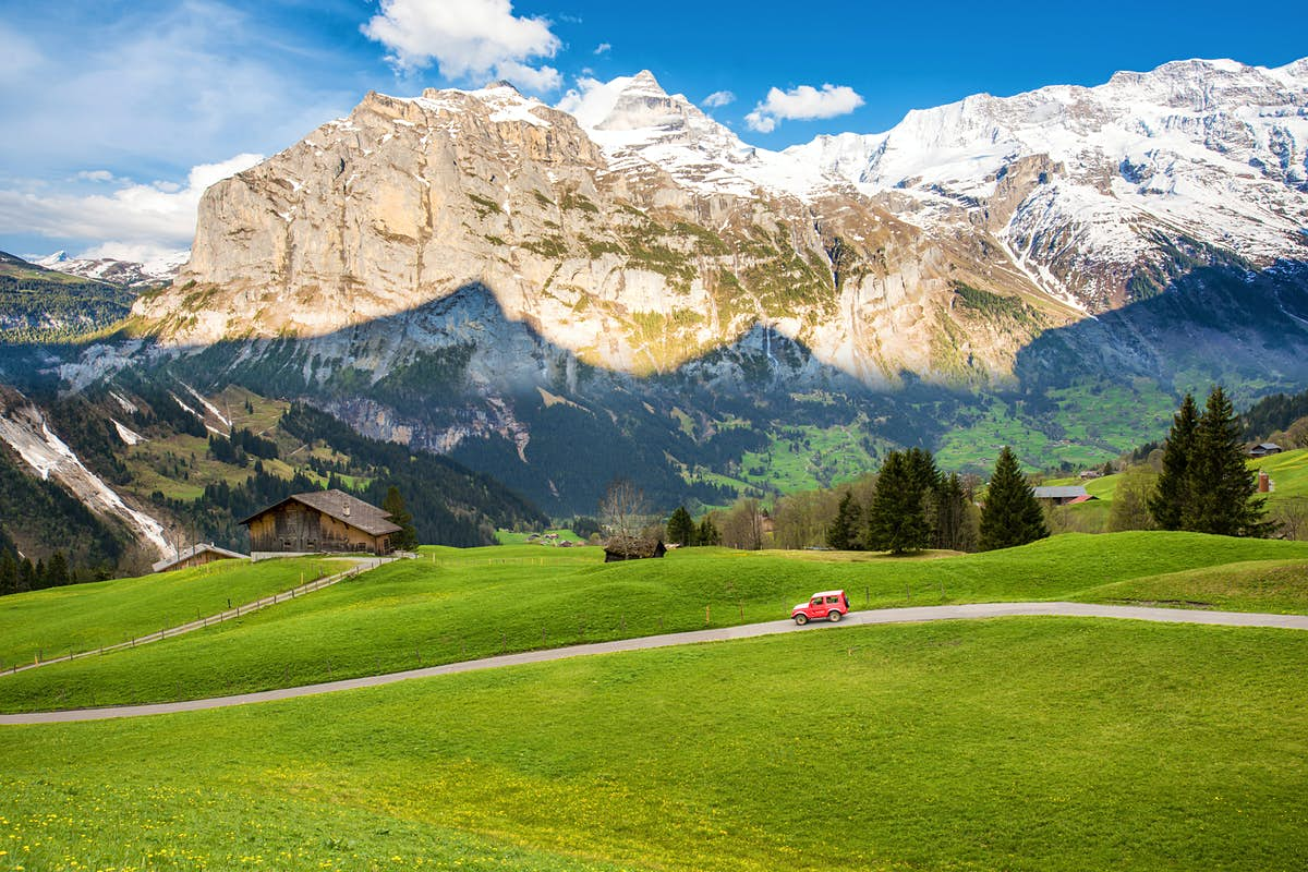 The 7 most scenic road trips in Switzerland
