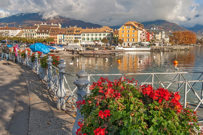 The town of Vevey and Lake Geneva.