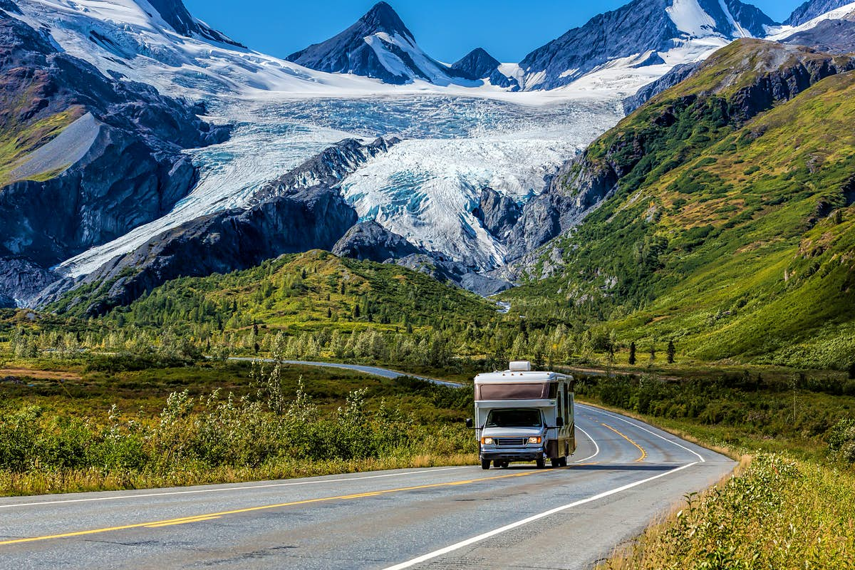 Alaska will vaccinate travelers for free this summer - Lonely Planet