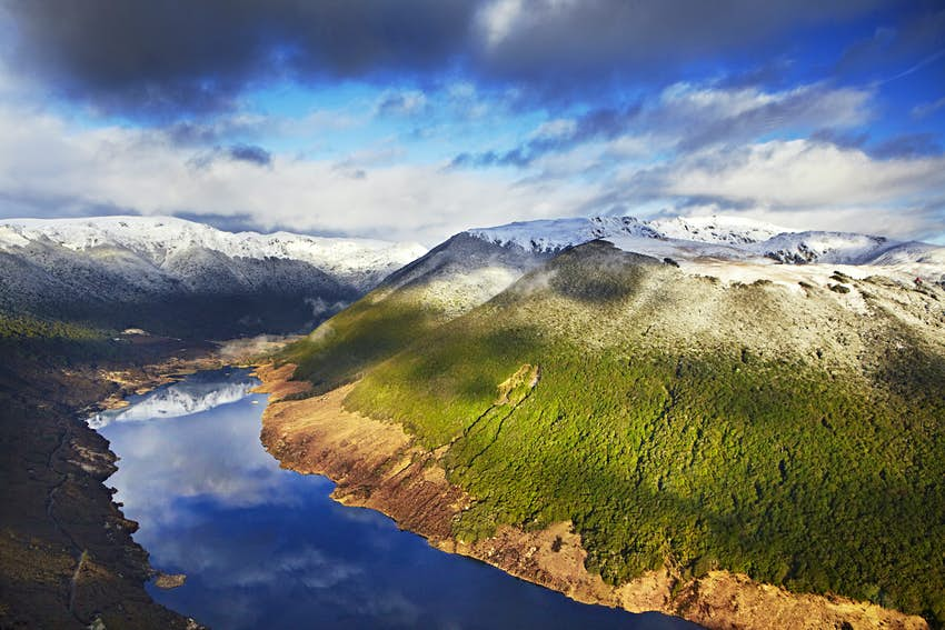 Snow-capped mountains in Kahurangi National Park