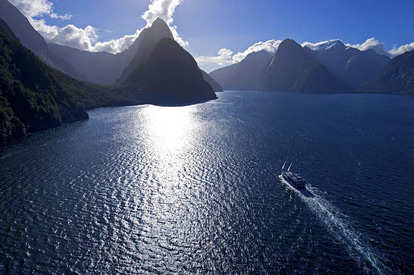 Overview of Milford Mariner cruising Milford Sound