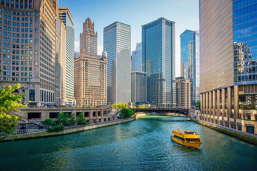 Tour boat on the Chicago River in downtown Chicago, Illinois
