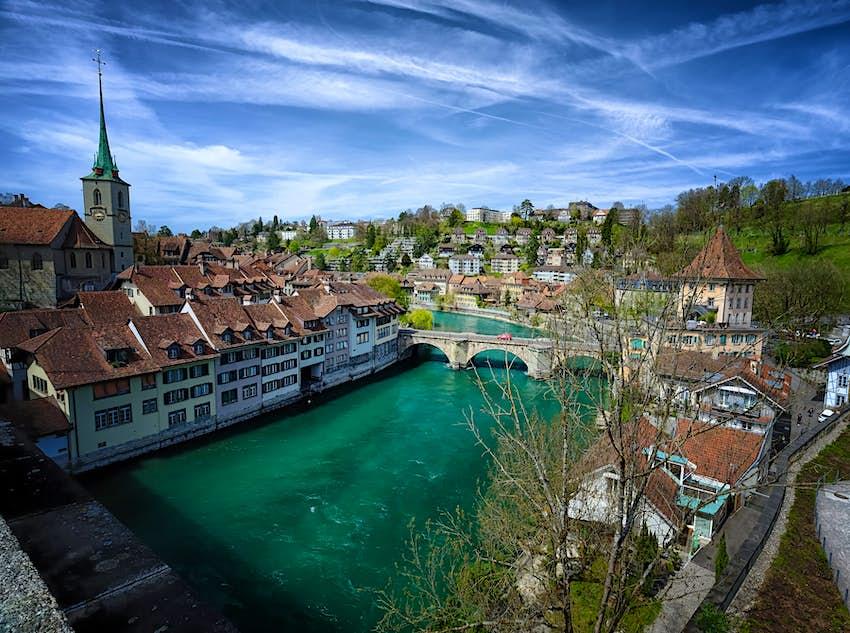 Die Aare fließt durch Bern, Schweiz