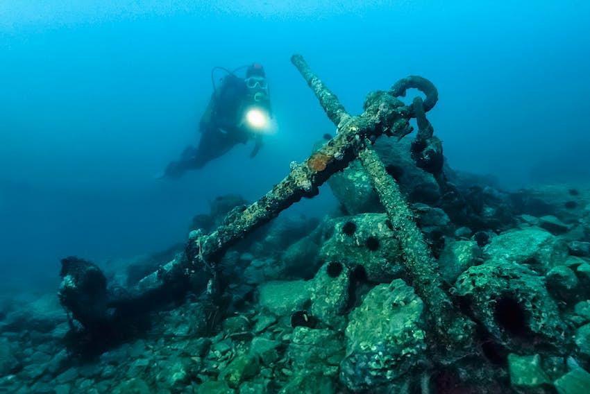 Montenegro_Diving.jpg