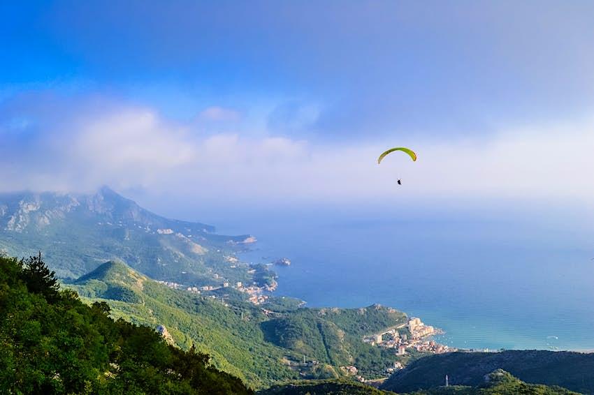 Montenegro_Paragliding.jpg