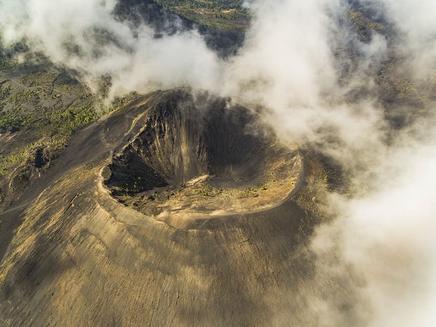 Paricutín volcano crater from above