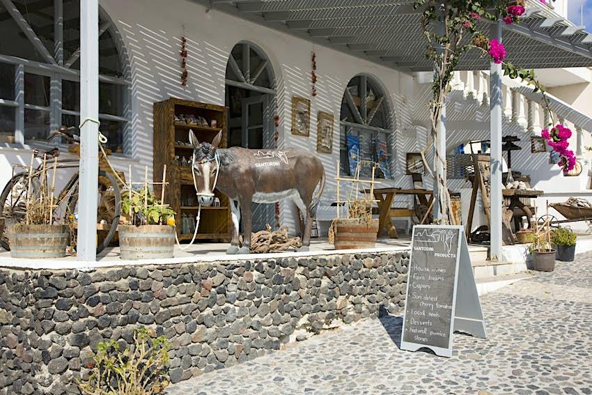 Ελκυστικό κατάστημα χωριού, Πύργος, Σαντορίνη, Ελλάδα