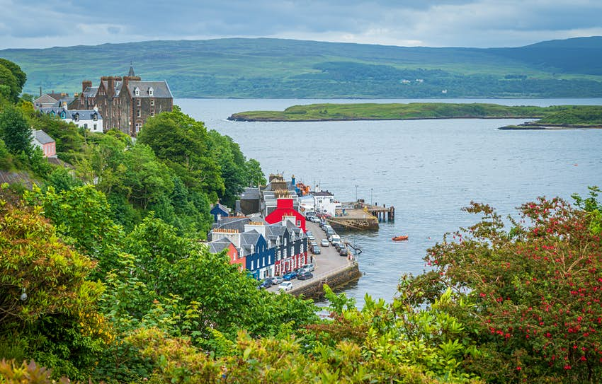Colorful houses on the coast at Tobermory on the Isle of Mull, Scotland