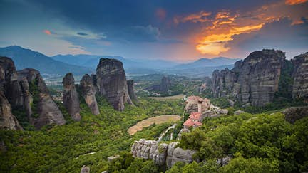 Discover: Meteora beyond the monasteries