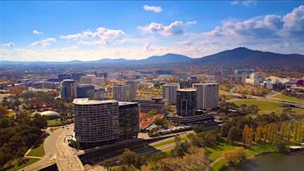Discover Canberra's landmarks