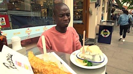 An American tries London's jellied eels