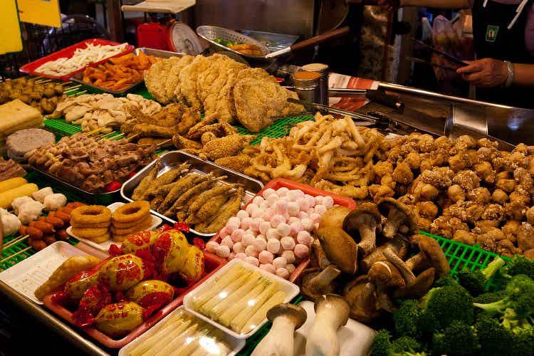 Asian street food fight: Singapore vs Taipei