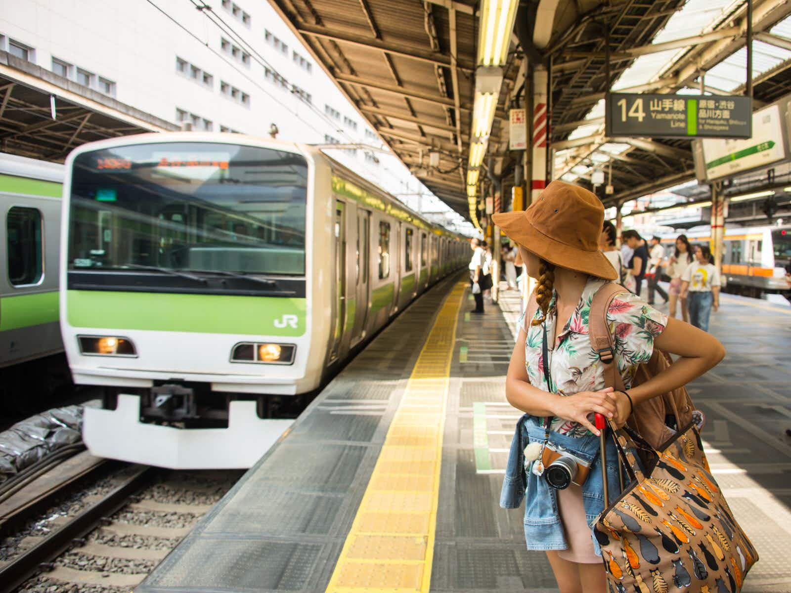 Touring Tokyo on the Yamanote line