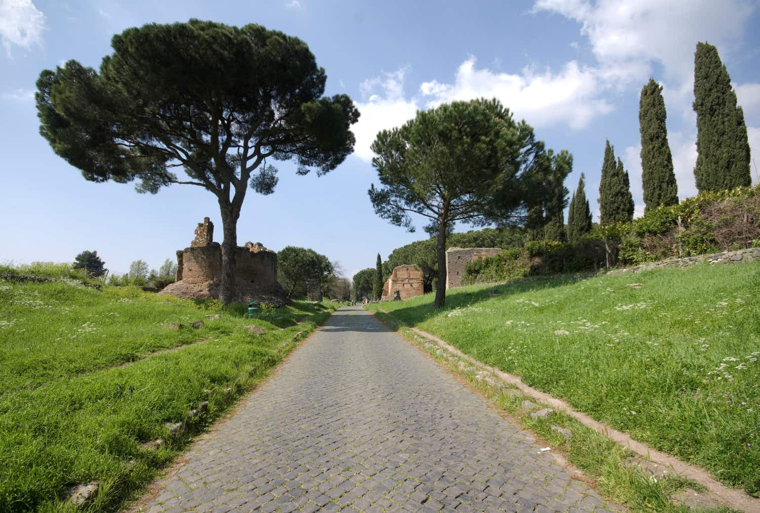Insider Rome: discover four magical streets