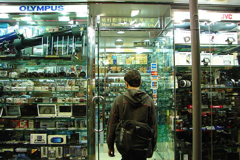 Stanley St is a great place to buy cameras in Hong Kong. Image by lobsterstew / CC BY 2.0