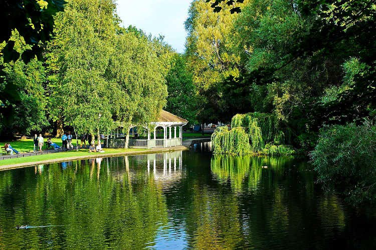 St Stephen's Green, Dublin. Image by Anna & Michal / CC BY-SA 2.0