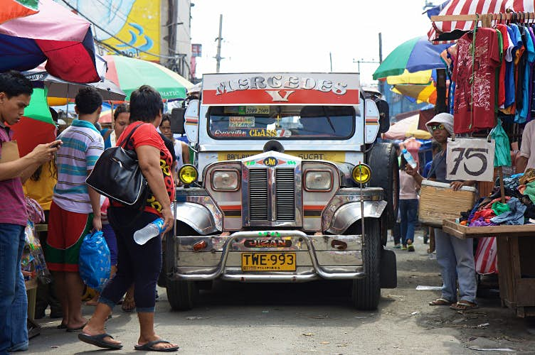 10 reasons to visit Manila