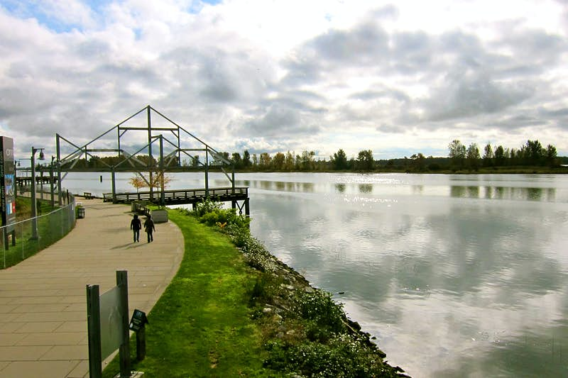 Steveston's Fraser River waterfront is well worth a stroll. Image by John Lee / Lonely Planet