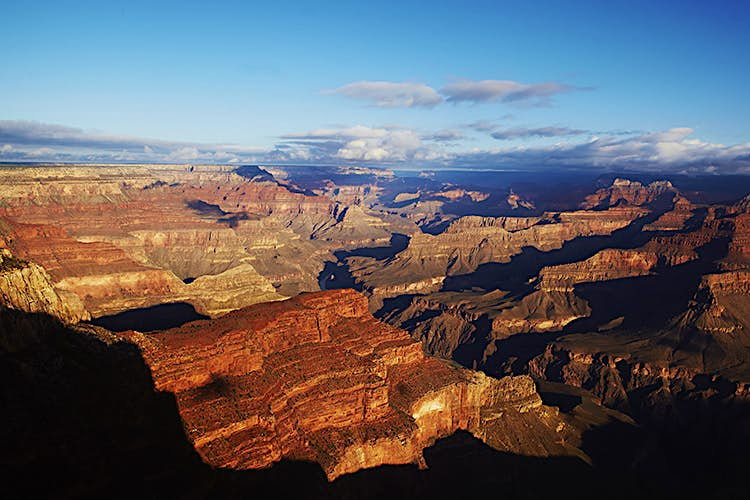 Overview of Grand Canyon seen from South Rim.
