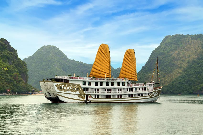 Visiting Halong Bay Tips To Plan Your Cruise Lonely Planet