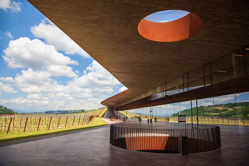 Sculptural architecture at Antinori winery