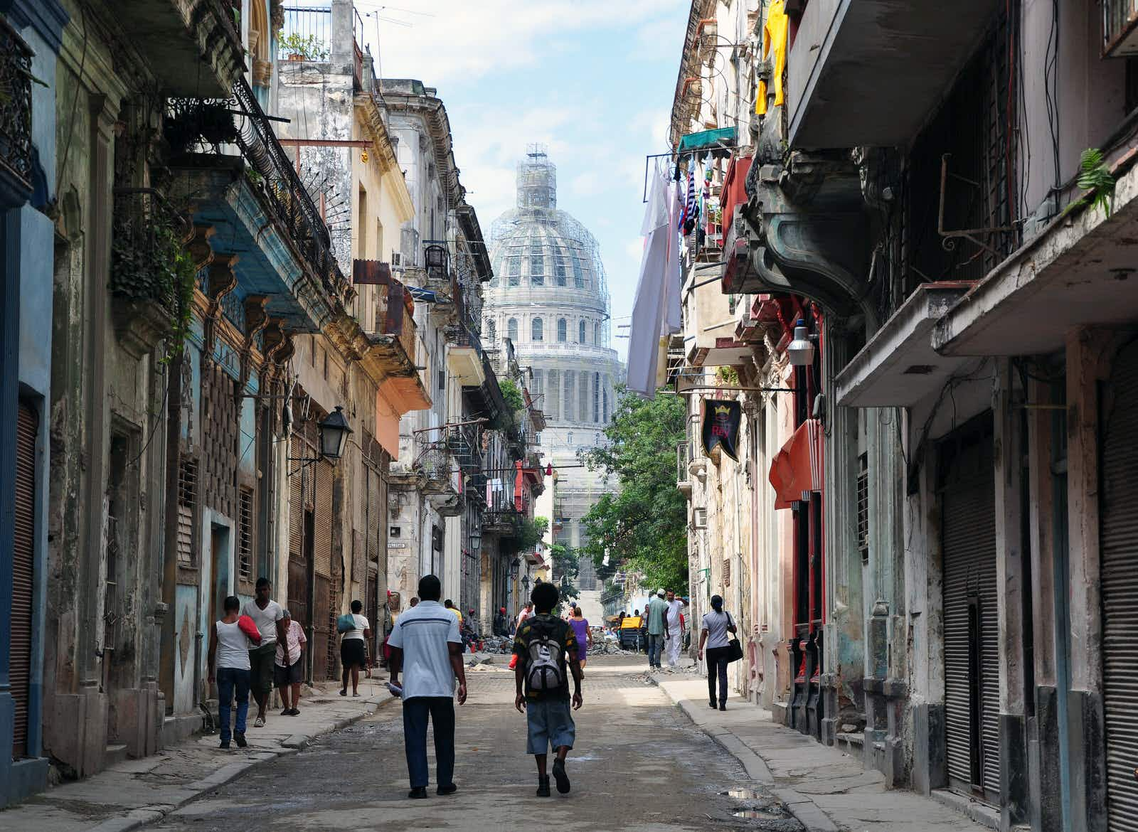 The Obamas' visit to Cuba: 10 things they should do