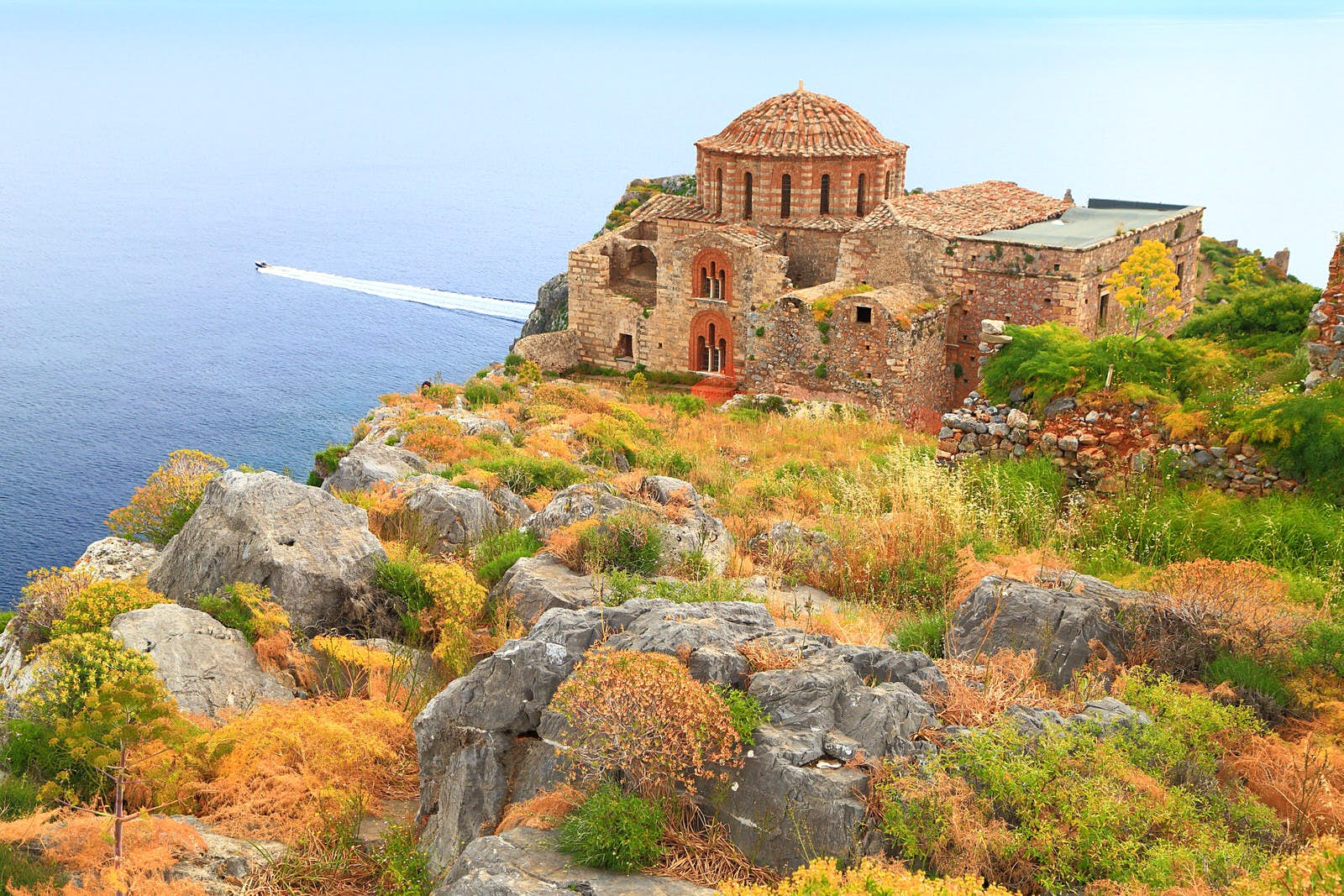 Church of Agia Sofia on Monemvasia island © Inu / Shutterstock