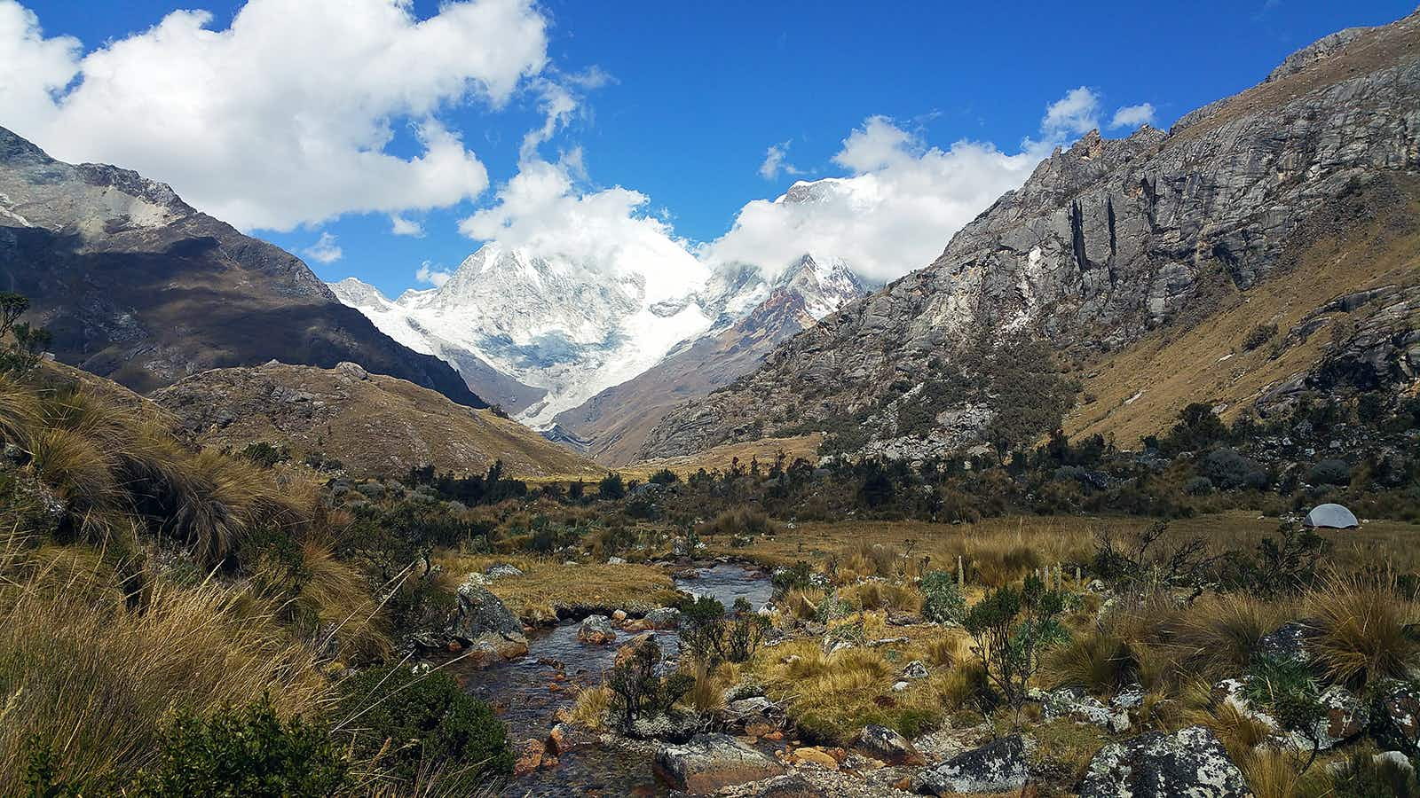 Day trips of Peru's Cordillera Blanca