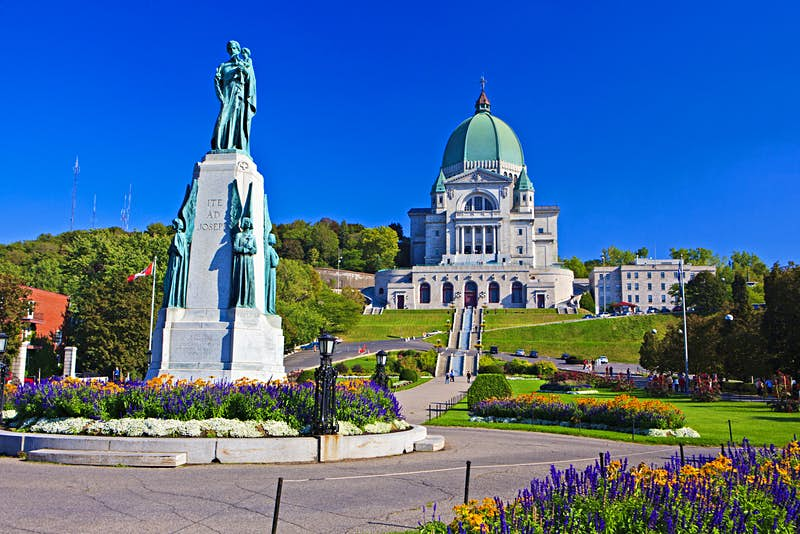 Saint Joseph's Oratory of Mont Royal © Rolf Hicker / All Canada Photos / Getty