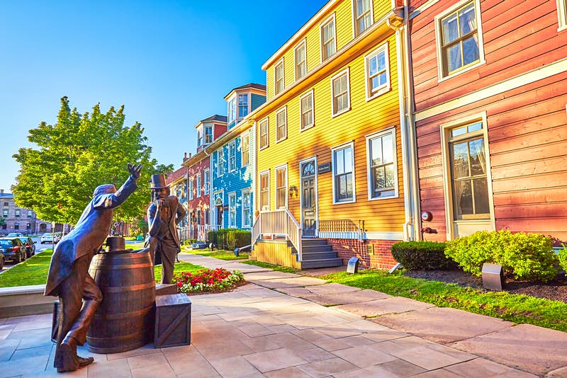 Celebrated as the Fathers of Confederation, John Hamilton Gray and John Hamilton Gray (no relation) are represented in bronze statue in Charlottetown © Peter Unger / Lonely Planet Images