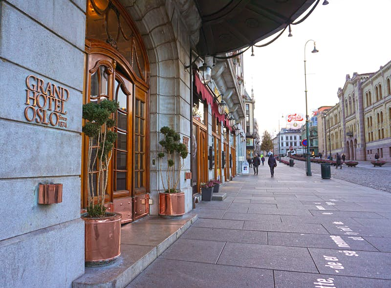 Features - Grand-Hotel-Since-1874-VO04596_1-f9a60f491308