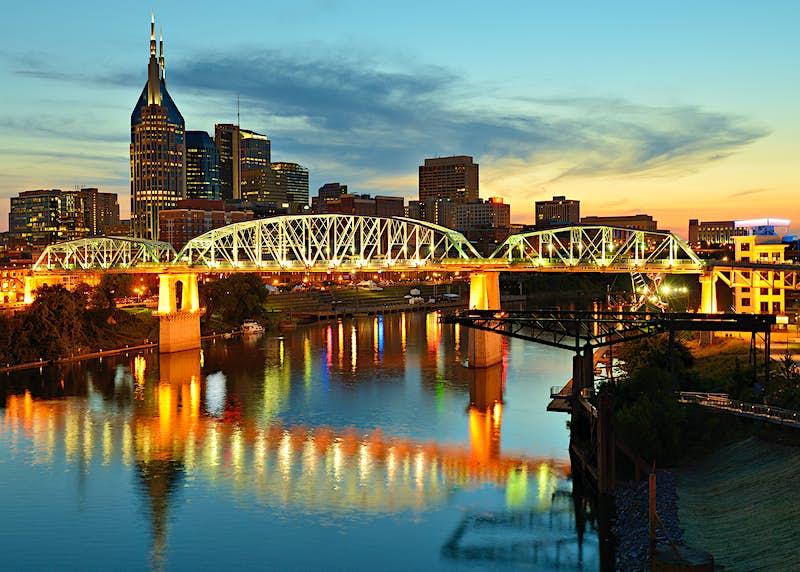 Skyline of downtown Nashville, Tennesse ©ESB Professional / Shutterstock