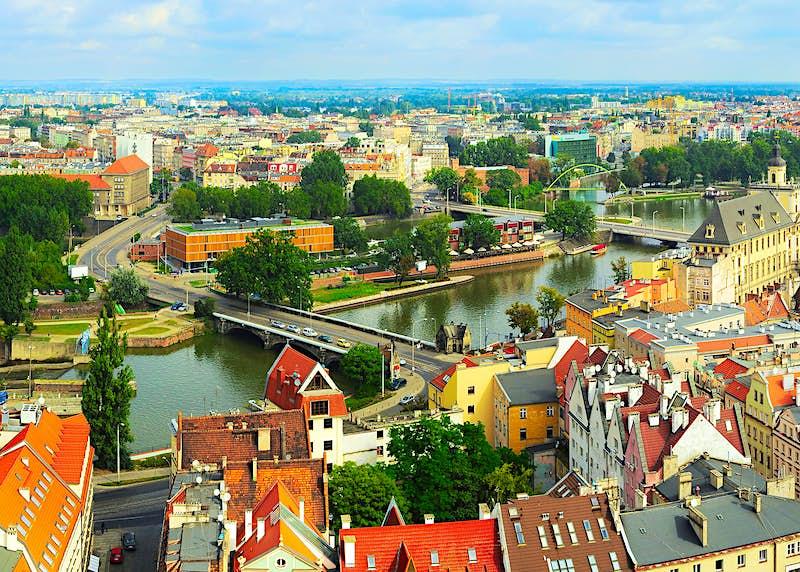 A panoramic view of Wroclaw, Poland © joyfull / Shutterstock