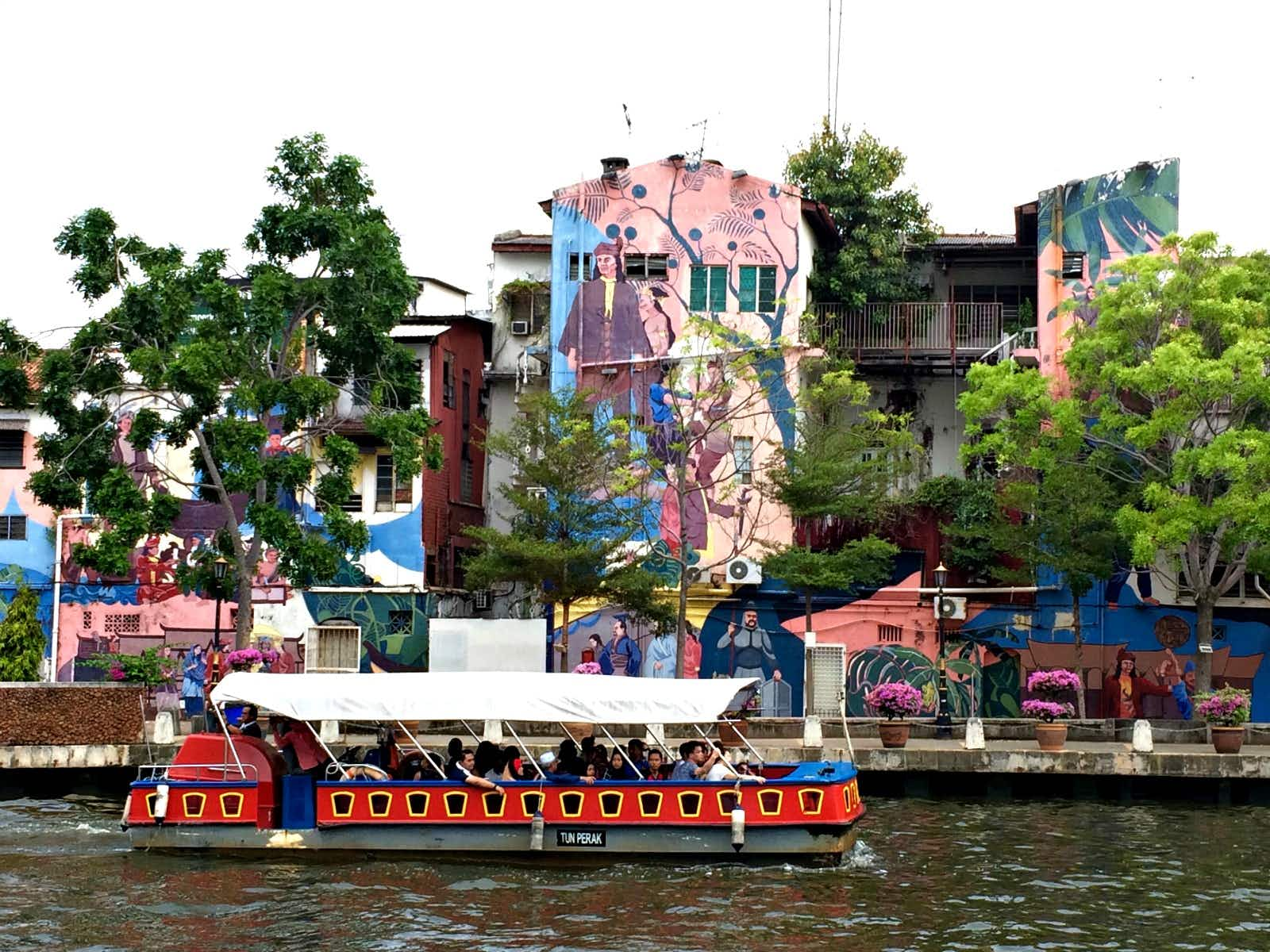 Exploring Melaka City's regenerated riverside