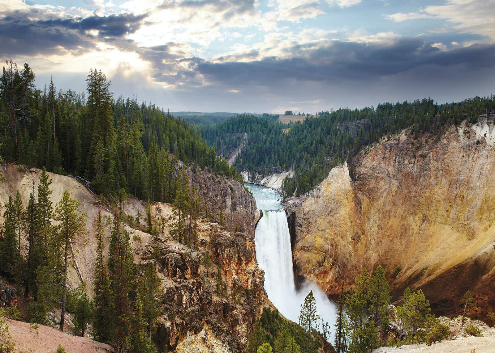 America S Pocket Planet Exploring Yellowstone National