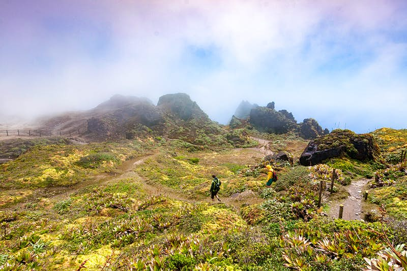 Features - La Soufrière volcano, island of Guadeloupe