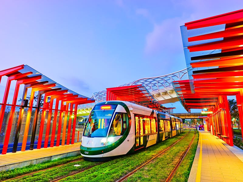The city's new light rail system will connect the major cultural sights © Javen / Shutterstock