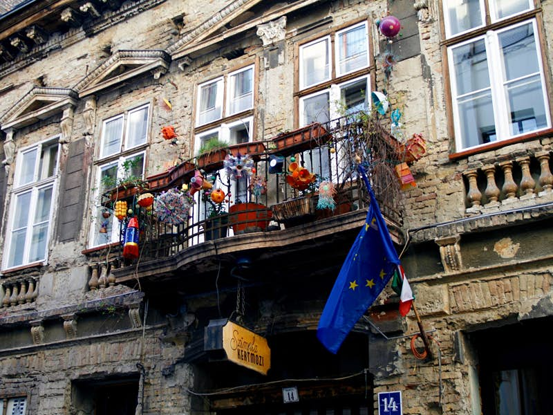 Szimpla Kert was one of the first ruin pubs in Budapest © Jennifer Walker / Lonely Planet
