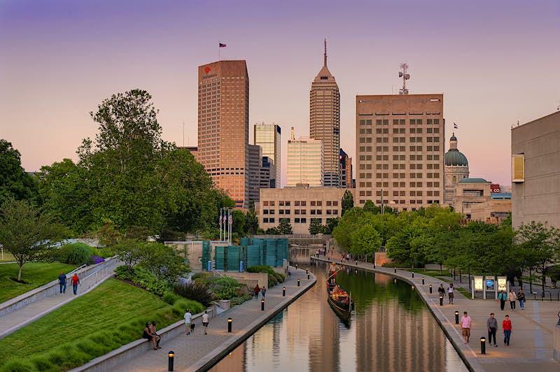 Walk, bike, explore: discover the Indianapolis Cultural Trail